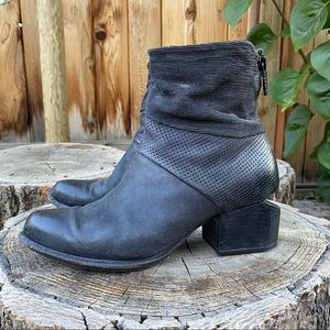 A.S.98 Textured Leather Zip Ankle Boots US 7/EU37